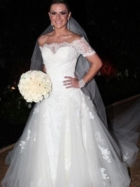 Mirella Santos, modelo e dançarina