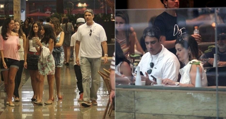 William Bonner e Fátima Bernardes almoçam juntos e passeiam com os filhos em shopping do Rio (1/10/11)