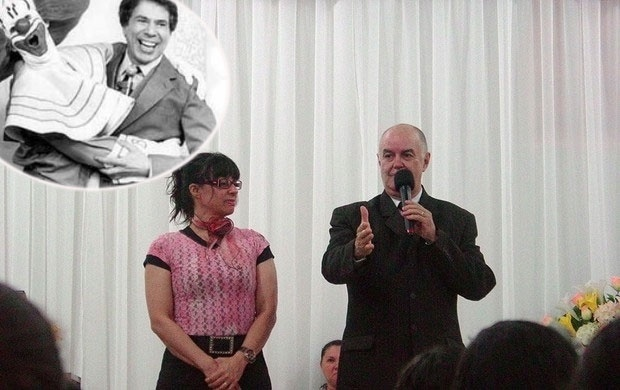 """O primeiro Bozo brasileiro, o ator Wanderley Tribeck, conhecido como Wandeko, que interpretou o palhaço de 1980 a 1985 se casou com uma """"amiguinha"""" (o palhaço chamava as crianças de """"amiguinhos"""" no programa). """"Eu tinha 29 anos e ela 14. Nos apaixonamos e casamos um ano depois. Nos separamos, mas voltamos. Estamos juntos há mais de 30 anos"""", contou ele à """"Folha de S. Paulo""""."""