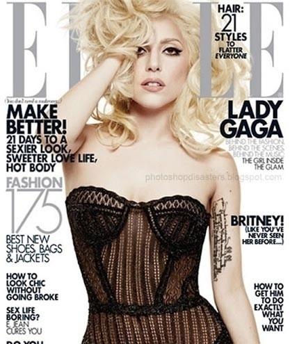 """A proporção do braço de Lady Gaga ficou bem irreal na capa da """"Elle"""". A axila direita aparece em um ângulo mais alto que o normal"""