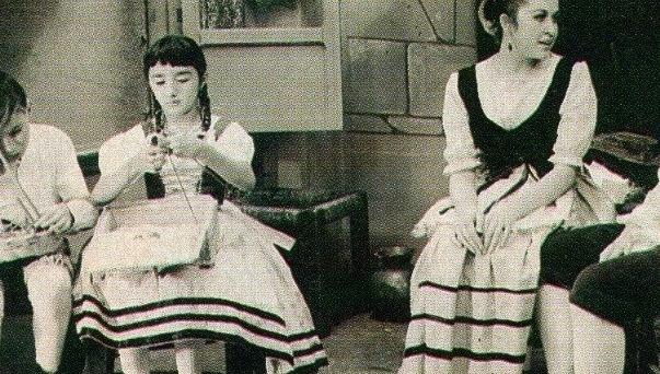 Desde pequena María Antonieta de las Nieves (esq.) atua na televisão e no cinema mexicano