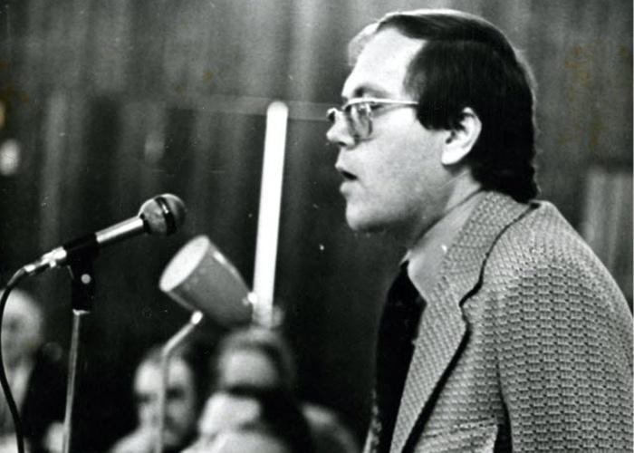 Foto retrata Joelmir Beting em agosto de 1974.
