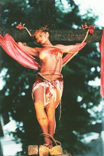 """Vera Fischer em cena do filme """"Navalha da Carne"""", do cineasta Neville D'Almeida (1997)"""