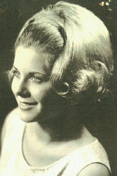 Vera Fischer nos anos 60. A bela iniciou a carreira de atriz no cinema, atuando em pornochanchadas