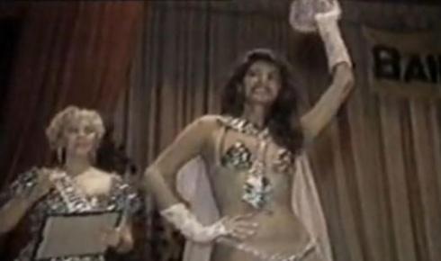A condição sexual de Roberta Close não a impediu de ser uma referência de beleza nos anos 80 e assunto constante para os veículos especializados em celebridades