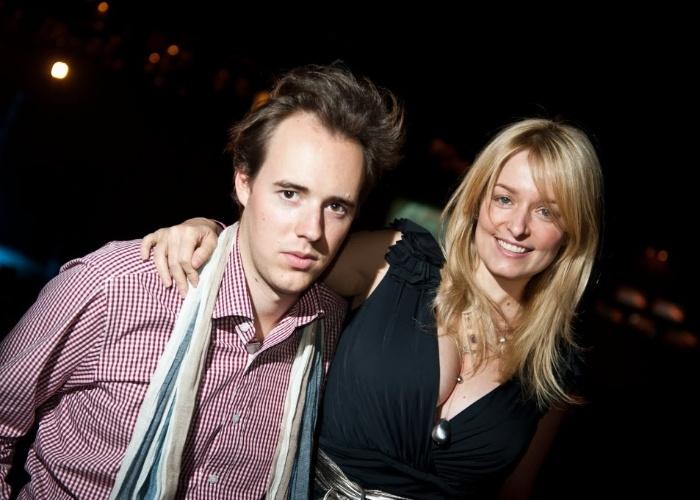 4.nov.2011 - A atriz Luciana Vendramini e seu namorado, o empresário Stefan Weitbrecht, no evento F1 Rocks no Via Funchal em São Paulo.