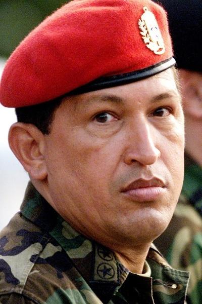 1999 - Chávez promoveu uma Assembléia Constituinte que mudou o nome da Venezuela para República Bolivariana da Venezuela e convocou uma nova eleição presidencial