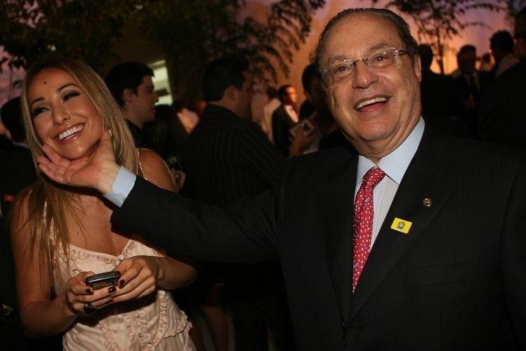 13.nov.2009 - Sabrina e o deputado federal Paulo Maluf na festa de dez anos da Rede TV e inauguração da nova sede e complexo de produção, em São Paulo