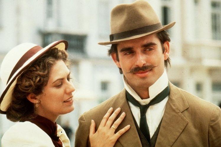"""1995 - Patrícia Pillar e Bruno Campos em cena do filme """"O Quatrilho"""""""