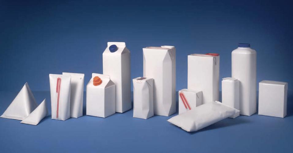 """Assim como as latas de alumínio, embalagens """"tetra pak"""" devem ser evitadas, pois tem o interior revestido por alumínio e podem contaminar a líquido que fica em constante contato com a superfície laminada."""
