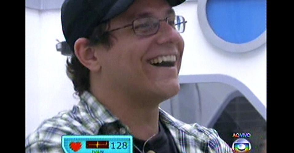 Ivan participou do primeiro paredão do programa, contra Aline