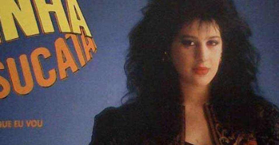 """Cláudia Raia também estava no elenco de """"Rainha da Sucata"""", na pele da bailarina desastrada Adriana, ela exibia cabelos volumosos, copiados por telespectadores da trama em 1990"""