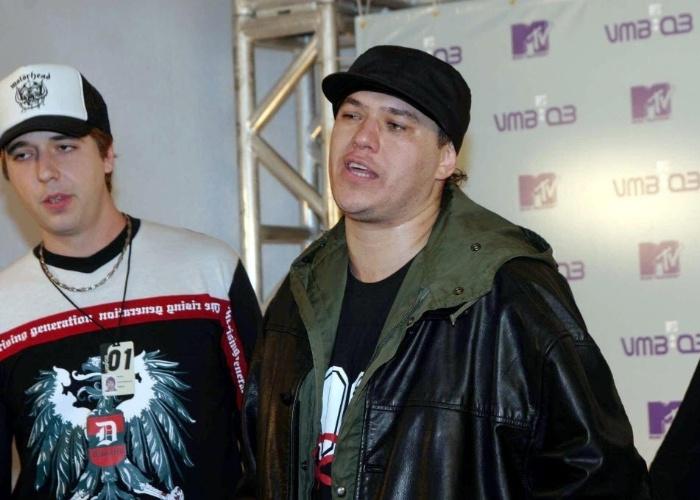 26.ago.2003 - Chorão em cerimônia de de entrega dos prêmios do VMB 2003 da MTV