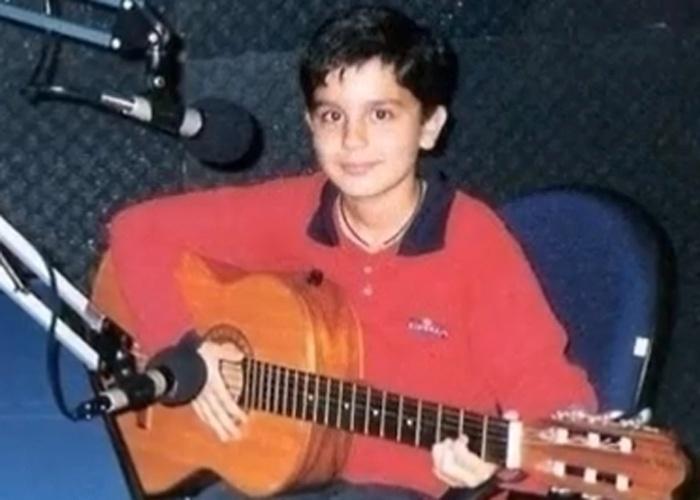 O pai de Luan incentivou sua carreira musical quando lhe deu um violão