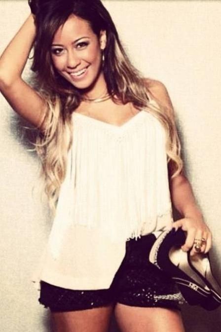 Rafaella, irmã de Neymar, faz sucesso com fotos na internet