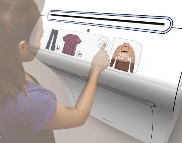 """6.abr.2013 - O designer industrial Joshua Harris criou o projeto de uma impressora 3D que vai revolucionar o mundo da moda. O equipamento vai imprimir roupas em casa com o tamanho, cor, estilo e tecido desejados - e ainda disponibilizará marcas e estilistas famosos. Segundo o norte-americano, a """"Clothing Printer"""" ainda trará o o benefício de reciclar peças antigas. A informação é do site """"Vírgula"""""""