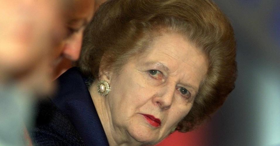 22.mar.2002 - O ex-primeiro-ministro britânico de Margaret Thatcher durante uma sessão de defesa, no segundo dia da Conferência do Partido Conservador em Bournemouth, na Inglarerra