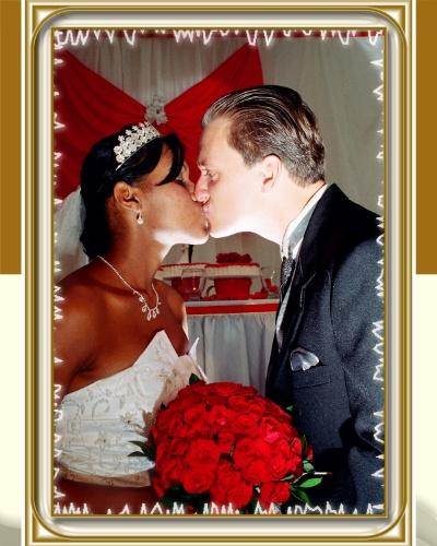 """O casamento de Flávia Lamberti e Luis Antonio aconteceu no dia 12 de maio de 2007. """"ou a mulher mais feliz e realizada do mundo"""", relata a noiva."""