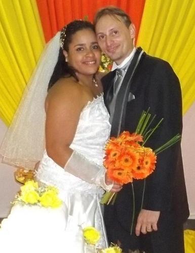 Alex Lopes se casou com Kánini Njila no dia 16 de julho de 2011, em Padre Miguel (RJ).
