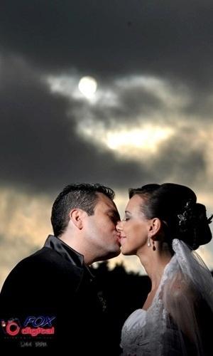 Ademar Alexandrino e Franciane Pellanda são de Curitiba (PR); eles se casaram em 19 de janeiro de 2013.