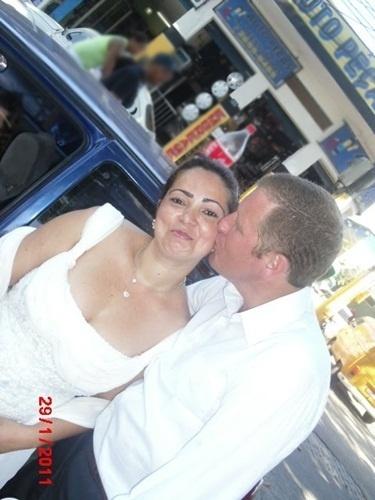 Rogério Arandas se casou com Cleide Alves no dia 29 de janeiro de 2011, em São João do Meriti (RJ).