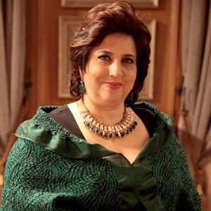 """Priscila Khoury (Cristina Mutarelli) é a irmã de César em """"Amor à Vida"""""""