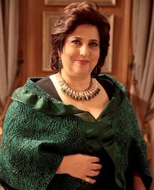 Priscila Khoury (Cristina Mutarelli) - Irmã de César, Priscila trabalha no departamento jurídico do Hospital San Magno
