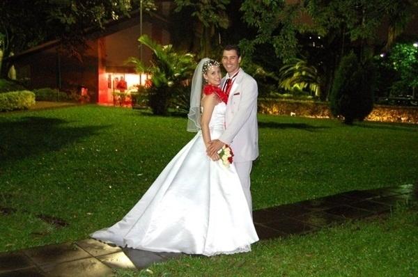 Luciano Santos e Eveline Pereira são de Canoas (RS). Eles se casaram em 24 de novembro de 2007.