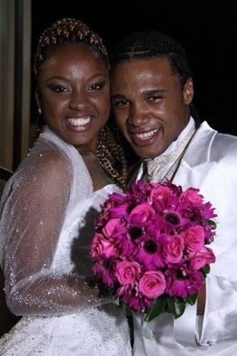 """O casamento de Alysson Generoso Martins e Marilia de Oliveira Felix Martins foi em São Paulo (SP), no dia 29 de janeiro de 2011. """"O dia em que sonhamos com o toque das Mãos de Deus!"""", disse Marilia."""