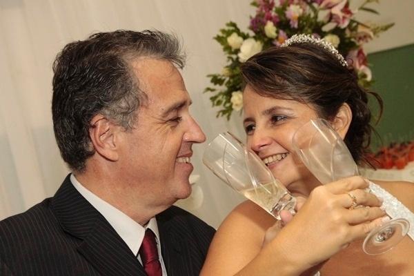 Pythágoras Teixeira e Eliane Ribeiro se casaram em Cabo Frio (RJ), no dia 13 de setembro de 2010.