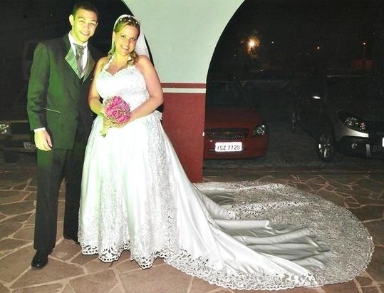 Matheus Zimmermann e Giuliana Caruccio Zimmermann se casaram em Pelotas (RS), no dia 20 de outubro de 2012.