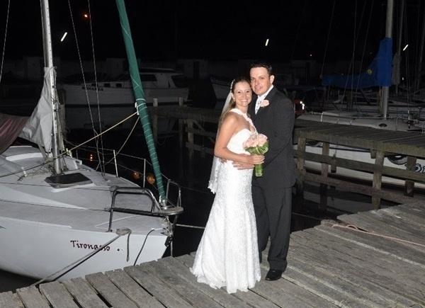 """O casamento de Suélen e Flávio Oliveira foi em Pelotas (RS), no dia 26 de fevereiro de 2011. """"Foi um momento mágico, um momento inesquecível"""", contou Suélen."""