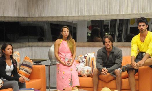 Em seu primeiro paredão, Maria enfrentou Michelly, Rodrigo e Rodrigão na primeira berlinda quádrupla da história do BBB (28/1/11).