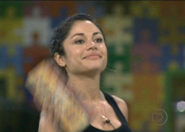 Maria dá mais sorte que Adriana e é se torna líder do BBB 11 (17/2/11). Ela emparedou e eliminou a própria Adriana, que se tornou seu desafeto por causa dos ciúmes dela com Mauricio.