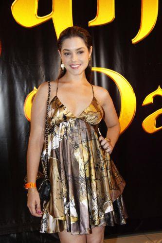 Thaís Fersoza comparece à estreia do primeiro capítulo de 'Sansão e Dalila' da Record, no Rio. Na trama, ela interpretou a personagem Samara (4/1/11).