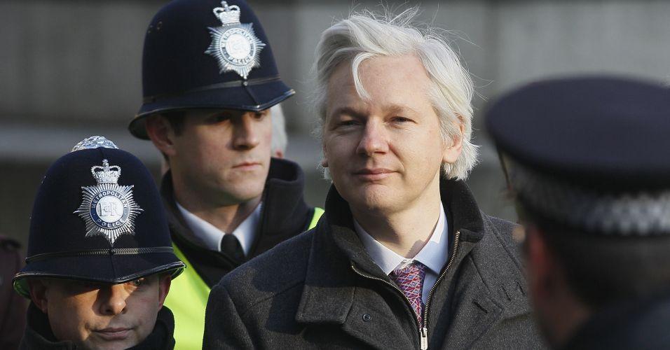 Quarta-feira (1/2) - Julian Assange, de 40 anos, fundador do WikiLeaks, chega à Suprema Corte, em Londres, no Reino Unido. A equipe legal de Assange faz um esforço final para evitar sua extradição para a Suécia. Assange é procurado pelas autoridades suecas por alegações de crimes sexuais durante uma visita ao país em 2010. Ele nega qualquer irregularidade.
