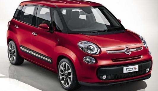 Quinta-feira (2/1) - A Fiat liberou as primeiras imagens do novo desenho do 500. O modelo 'L', de 'largo', grande em italiano, recebe esse nome pois é a maior das três versões desenvolvidas pela montadora: o Cabrio, o esportivo Abarth e o hatch comum. O carro será apresentado oficialmente no Salão de Genebra, na Suíça, no dia 6 de março.