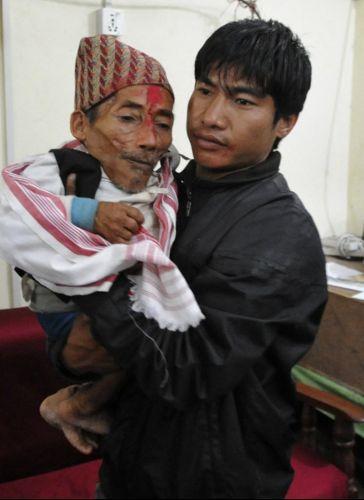 Terça-feira (21/2) - O nepalense Chandra Bahadur Dangi, que afirma ter apenas 56 centímetros de altura, vai tentar bater o recorde de menor homem do mundo, em Nepalgunj, no Nepal. O atual título, dado pelo Guinnes Book, é de um filipino de 60 centímetros
