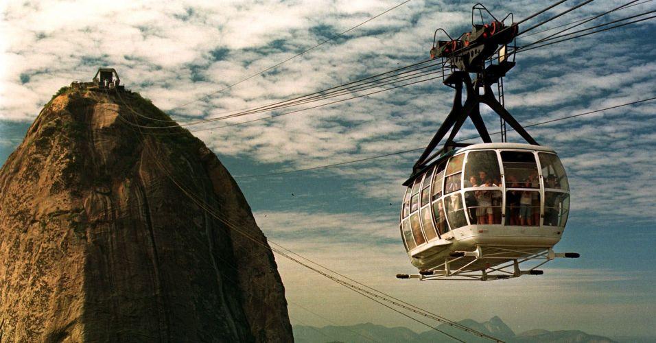 Quinta-feira (1/3) - A cidade do Rio de Janeiro completa 447 anos nesta quinta-feira (1º). Confira a seguir o álbum especial do BOL com imagens enviadas por internautas.