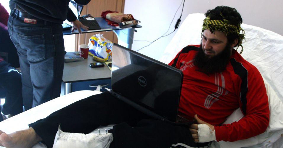 Sírio é tratado em hospital no Líbano
