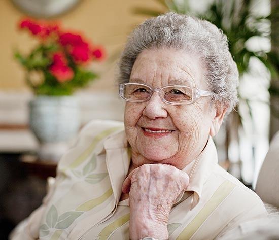 Quarta-feira (14/3) - Aos 80 anos, a culinarista Palmirinha Onofre revelou que era traída e ainda apanhava muito do marido.