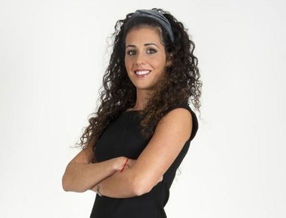 Sexta-feira (16/3) - Para completar o intercâmbio que começou com a ex-BBB Laisa indo passar uma semana no 'Gran Hermano', versão espanhola do reality show, ensinando a cultura e os costumes brasileiros para os participantes, Noemí foi a 'hermana' escolhida para entrar na casa do 'BBB12'. A espanhola, de 26 anos, mora sozinha com seu cachoro e é gerente de uma loja de roupas, mas sua paixão é o surfe.