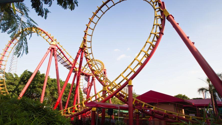 Segunda-feira (19/3) - O parque de diversões Playcenter, na zona oeste de São Paulo, vai encerrar as atividades a partir do próximo dia 29 de julho, até julho do ano que vem. O parque atual será reformado para adoção de um novo modelo, de modo que a capacidade de público vai reduzir dos atuais 12 mil visitantes ao dia para 4.500, diariamente.
